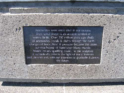 Plaque on the back of the sculpture