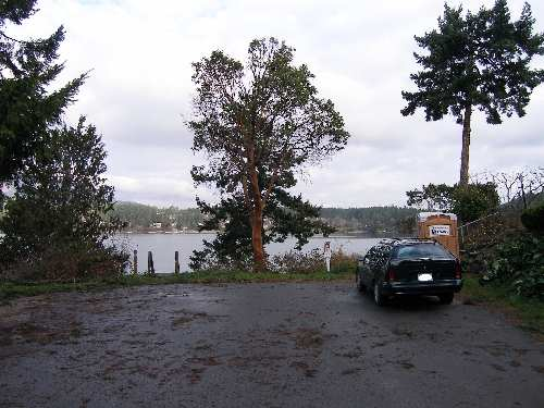 Deep Cove - south parking lot